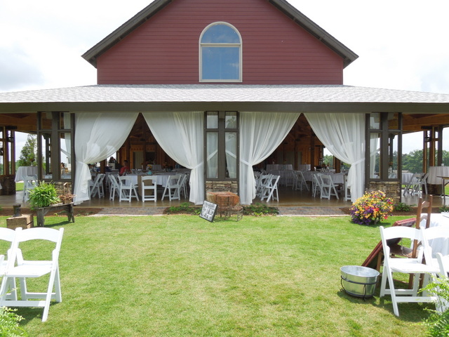 The Venue at CeNita Vineyards - Photo