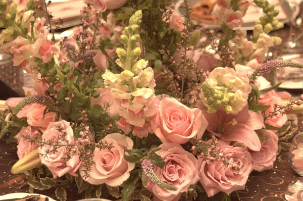 Pink and Chocolate Brown Color Scheme Wedding Table Decorations for Wedding