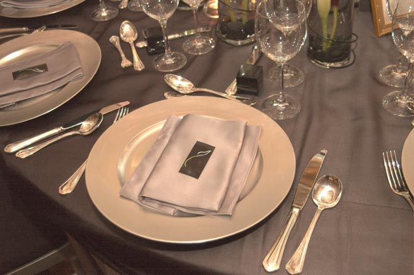 Platinum And Black Sophisticated Wedding Table Decorations For Wedding Receptions